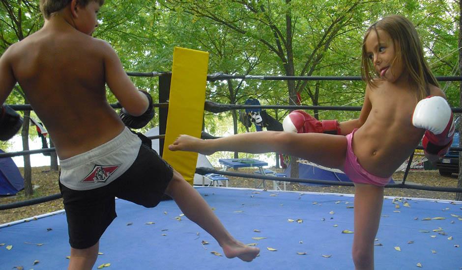 fight-club-firenze-kick-for-kids